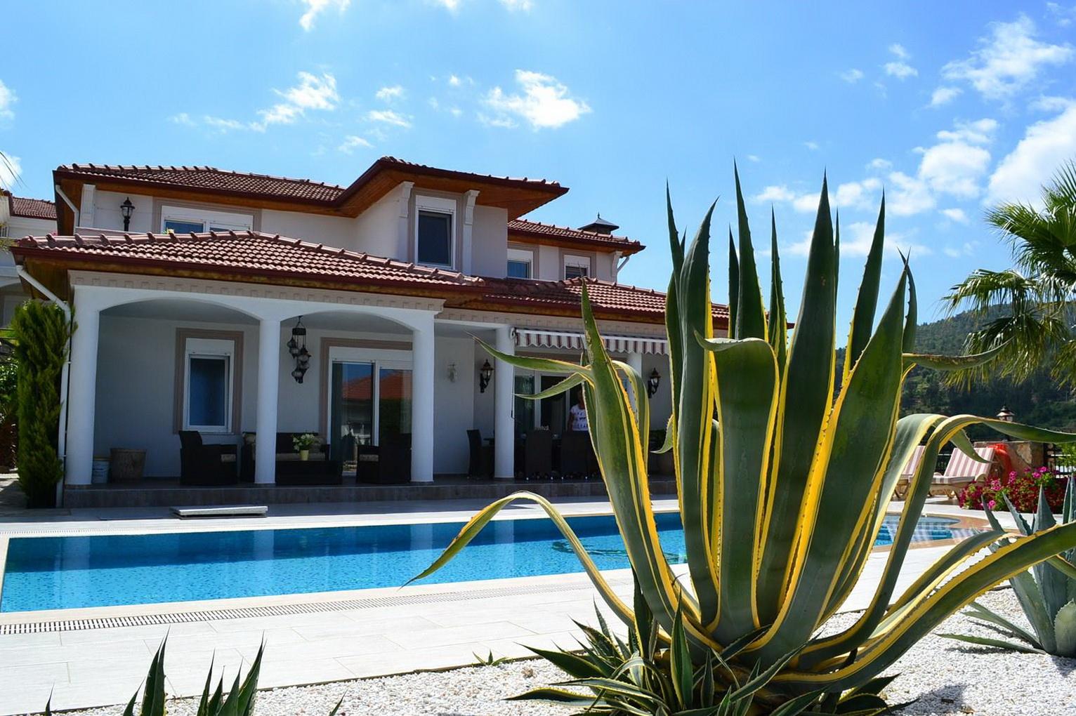 Villa Lux Kargıcak Alanya — Продажа виллы в Аланье (Каргыджак)