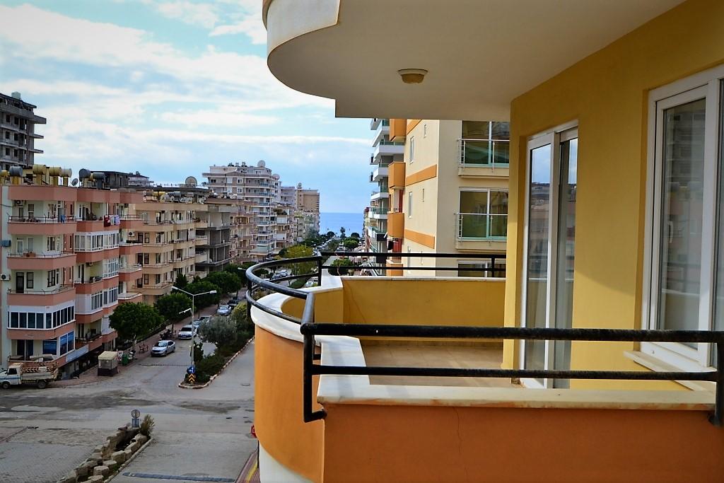 Недвижимость в Аланье, просторная квартира в Махмутлар — Apartment Mahmutlar Alanya (2+1)