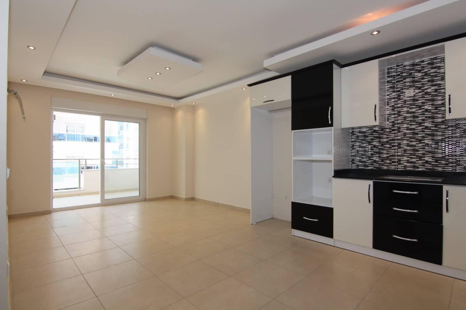 Срочная продажа апартаментов 1+1 в Аланье (Махмутлар)